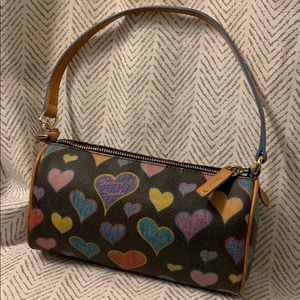 Dooney & Bourke heart bag 💕
